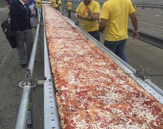 Longest Pizza Tutta Bella