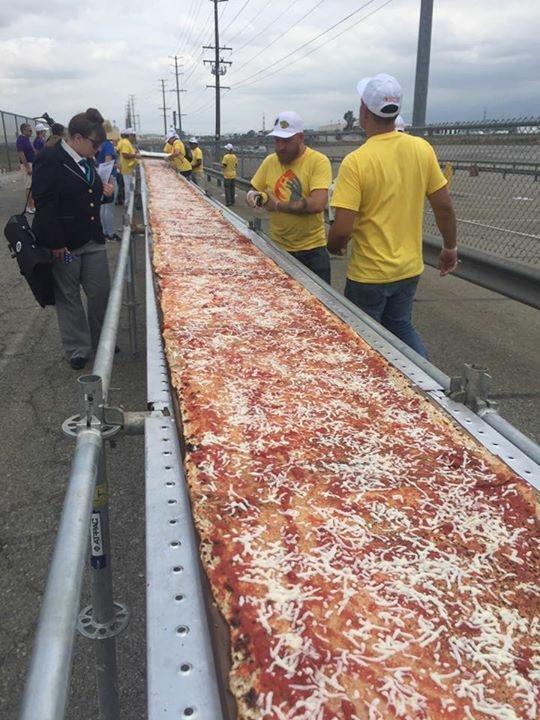Longest Pizza Tutta Bella
