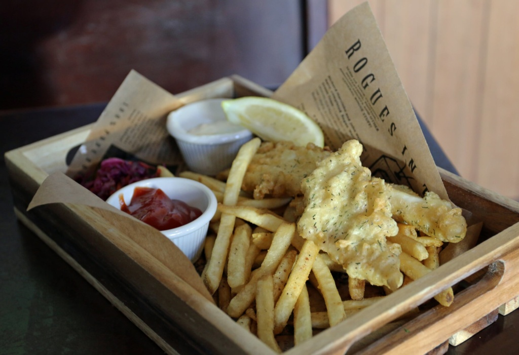 Halibut Fish and Chips_Rogue